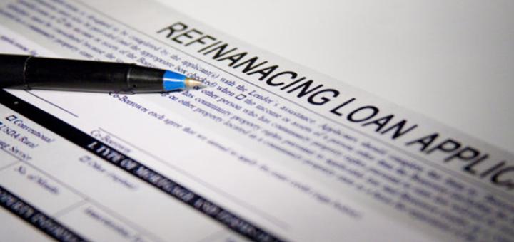 Laenude refinantseerimine on olemasoleva kalli laenu vahetamine odavama laenu vastu. Reeglina väikelaenu ja nii klient säästab raha.